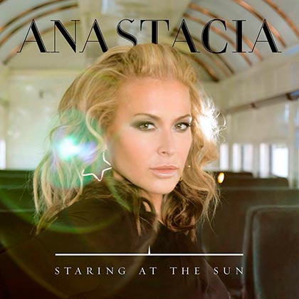 Nuevo single de Anastacia Staring At The sun