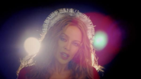 Nuevo vídeo de Kylie Minogue, Sleepwalker
