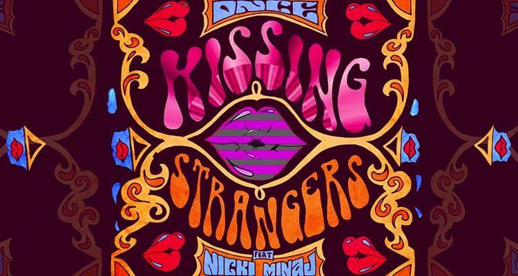 kissing-strangers