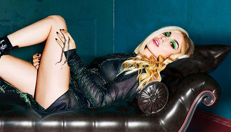 Nuevos singles de Ava Max