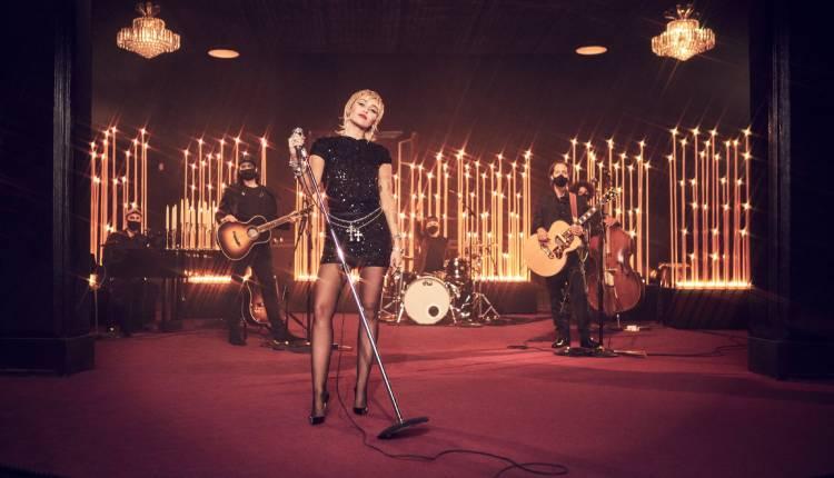 Actuación en directo de Miley Cyrus